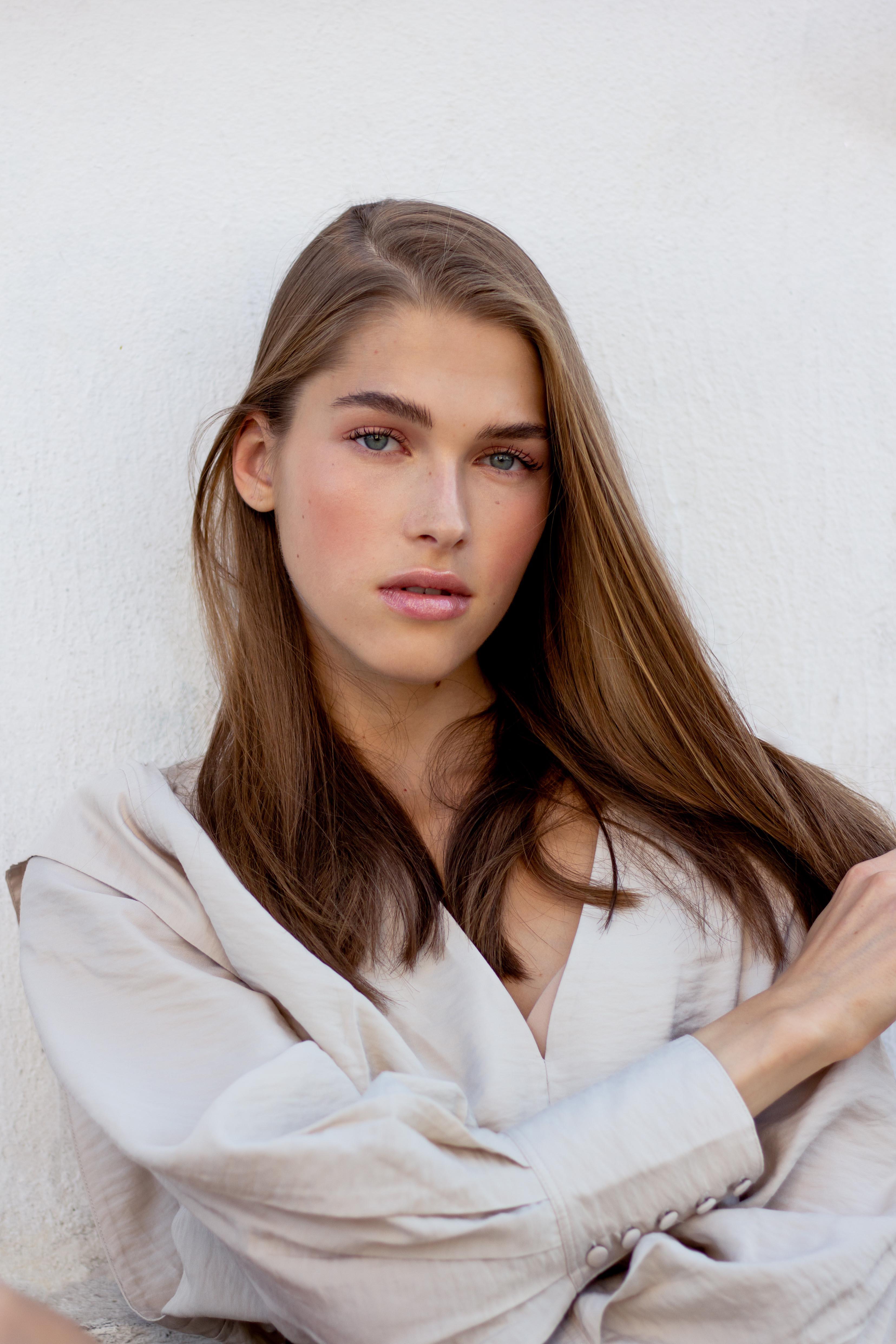 portrait femme paris Lera