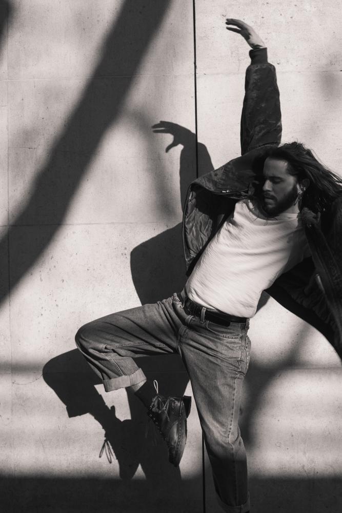 Mouvement de danse avec Robin