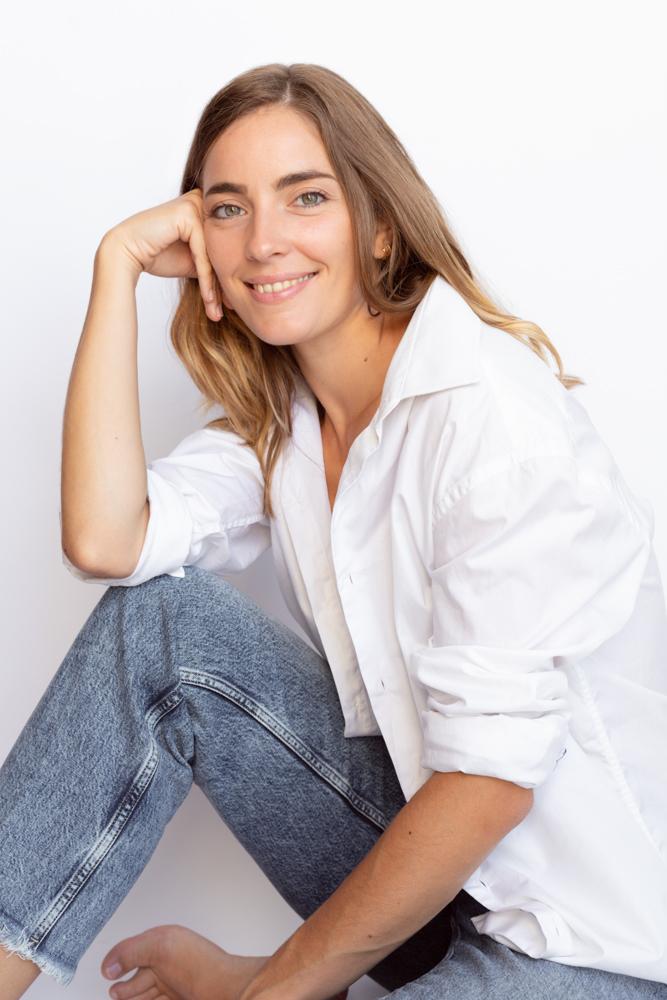 Photographe portrait femme studio Amélie