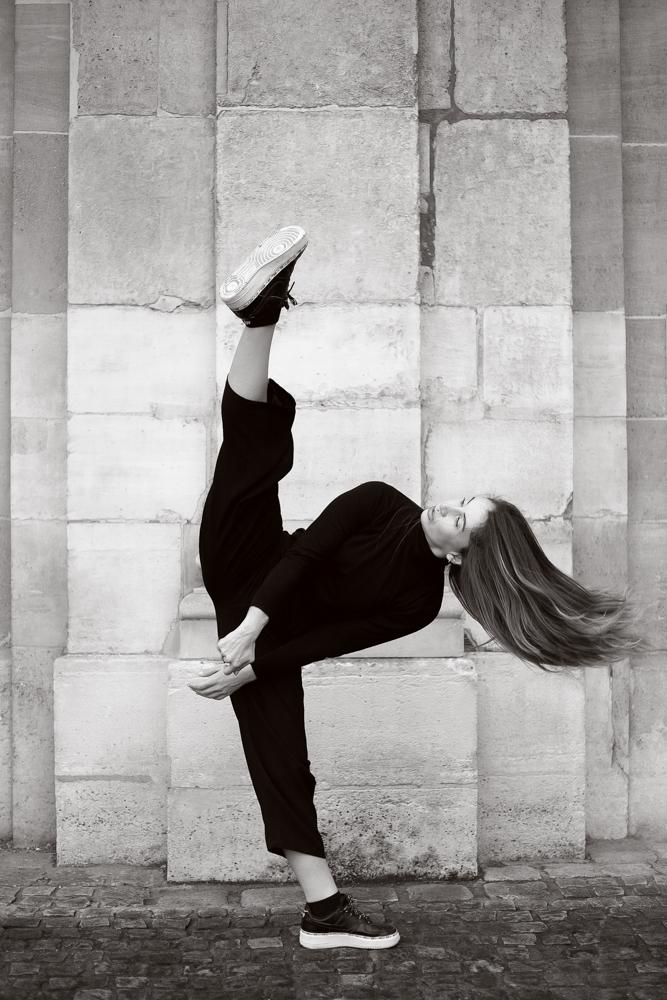 danseuse paris noir et blanc Laure